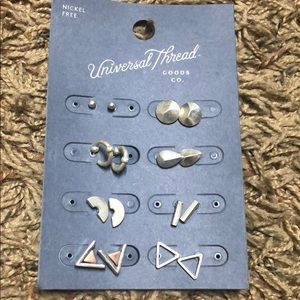 Universal thread earrings. 8-pack.